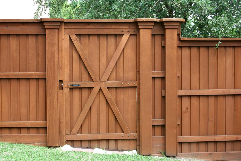 Wood Fence With Built In Gate